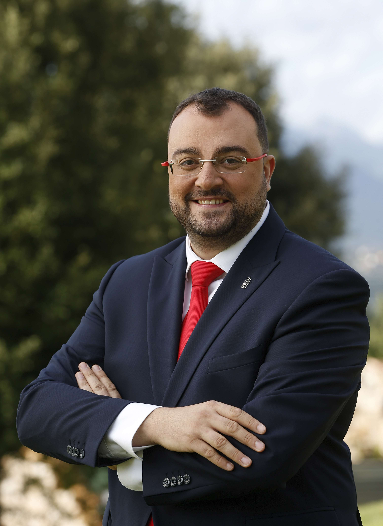 Adrián BARBÓN RODRÍGUEZ