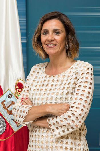 Paula FERNÁNDEZ VIAÑA