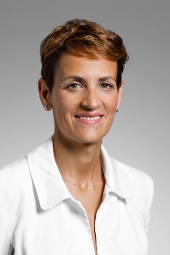 María Victoria CHIVITE NAVASCUÉS
