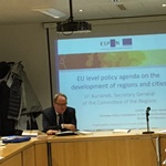 Secretary General gives a keynote speech at an ESPON high level workshop