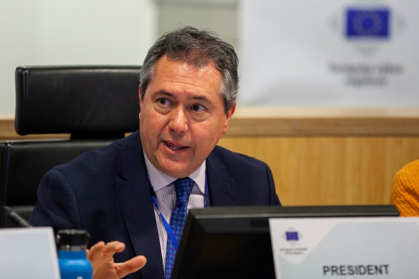 Mayor of Seville Juan Espadas elected new ENVE Chair